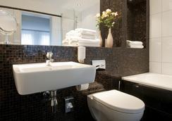Hotel Stella Maris - 함부르크 - 욕실