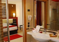 Kairos Garda Hotel - Castelnuovo del Garda - 욕실