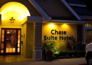 체이스 스위트 호텔 브레아