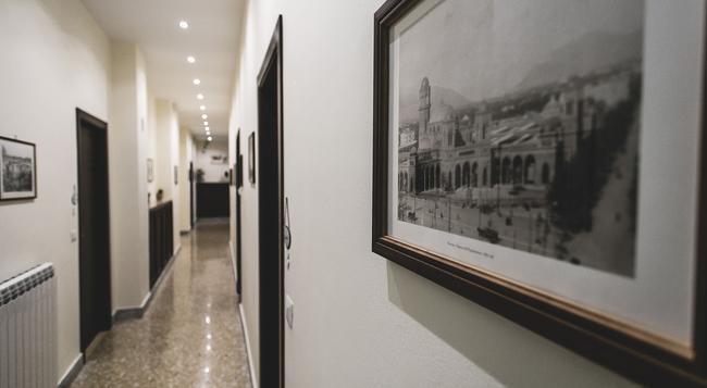 Il Quadrifoglio Room&Suite - 팔레르모 - 건물