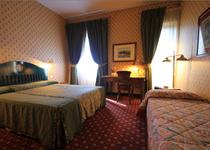 호텔 콜로니