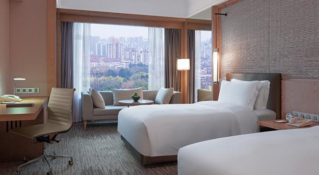 뉴 월드 상하이 호텔 - 상하이 - 침실