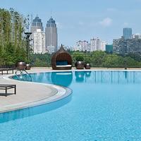 뉴 월드 상하이 호텔 Outdoor Pool
