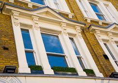 런던 코트 호텔 - 런던 - 야외뷰