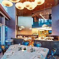 더블트리 바이 힐튼 이스탄불-모다 Restaurant