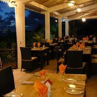 무로크 에보니 호텔 Restaurant