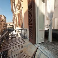 B&B 산티 쿠아트로 알 콜로세오 Patio/Balcony