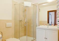 아파트호텔 페르가민 - 크라쿠프 - 욕실