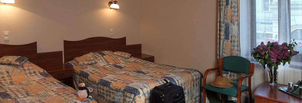 Hotel Fortuna Bis - 크라쿠프 - 침실