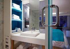 본드 플레이스 호텔 - 토론토 - 욕실