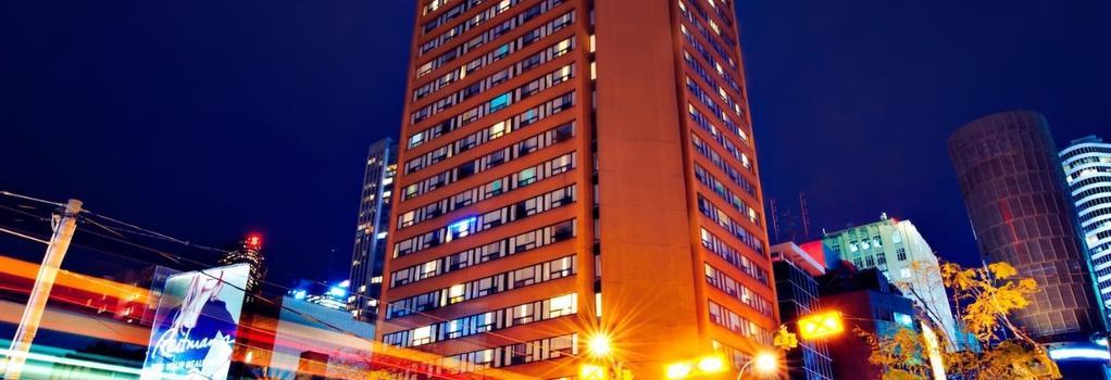 본드 플레이스 호텔 - 토론토 - 건물