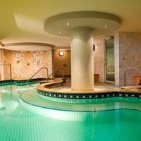 뱀프 카리브 로지 앤 스파 Indoor Spa Tub