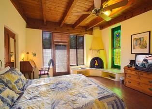 Adobe Rose Inn Bed and Breakfast