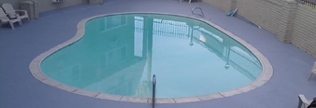 Econostudios - 스톡턴 - 수영장
