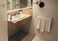 에스티발 파크 - 라피네다 - 욕실