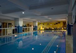 Le Zenith Hotel - 카사블랑카 - 수영장