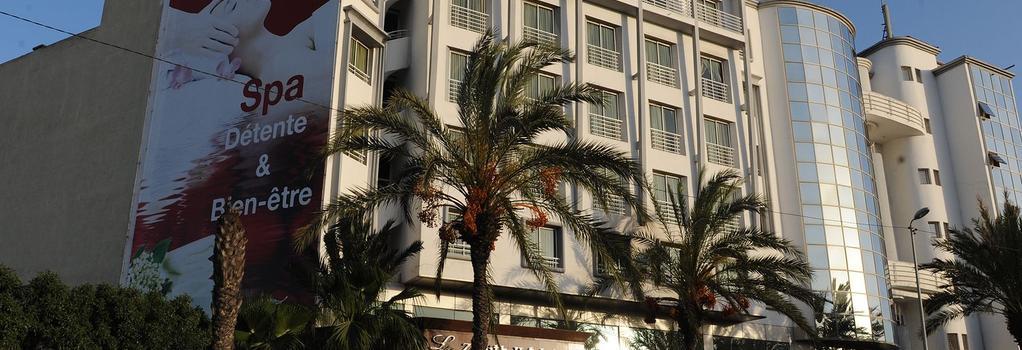 Le Zenith Hotel - 카사블랑카 - 건물
