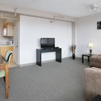 40버클리 Living Room