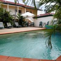 투웡 센트럴 모텔 아파트먼트 Outdoor Pool & Sundeck