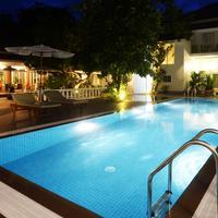 스카이라인 부티크 호텔 Outdoor Pool