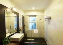 스카이라인 부티크 호텔 - 프놈펜 - 욕실
