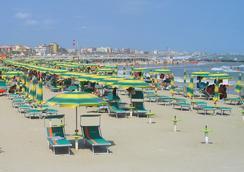Villa Lauda Bed & Breakfast - 리미니 - 해변