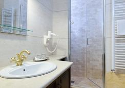 Hotel Castel Royal - Timisoara - 욕실