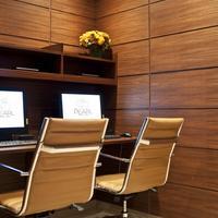 더 펄 호텔 Business Center