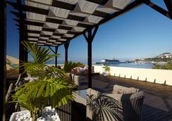 Porto Santa Maria Hotel - 푼샬 - 야외뷰