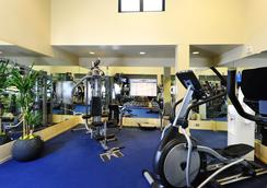 클럽 도나텔로 - 샌프란시스코 - 체육관