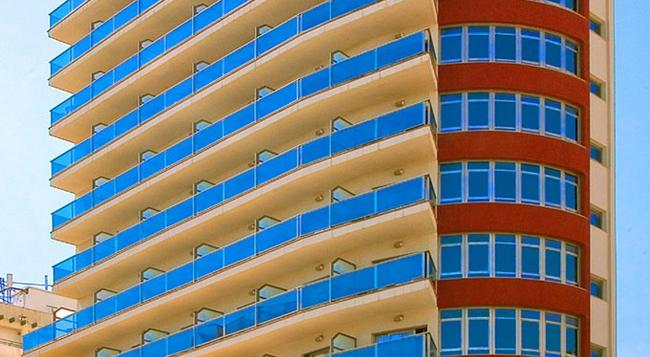 Hotel Rh Gijón - Gandia - 건물