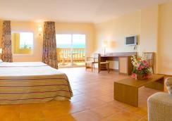 Hotel Rh Casablanca & Suites - 페니스콜라 - 침실
