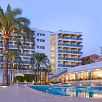 Hotel RH Bayren Parc Fachada y piscina