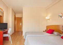 Hotel Rh Sol - 베니도름 - 침실
