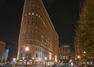 보스턴 파크 프라자 앤 타워즈 호텔