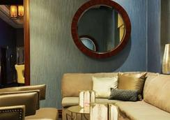 Aaa 1 Bedroom Suite At The Signature Condo Hotel - 라스베이거스 - 라운지
