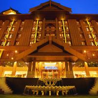 더 로얄 출란 호텔 쿠알라룸푸르 Hotel Front - Evening/Night
