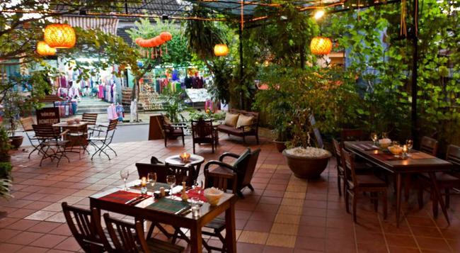 라 톤넬레 - 호이안 - 레스토랑