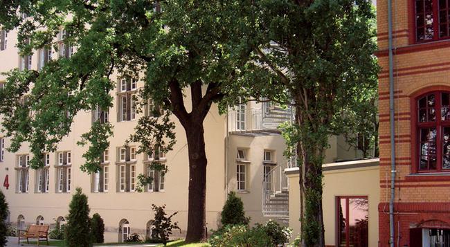 Hotel Die Schule - 베를린 - 건물