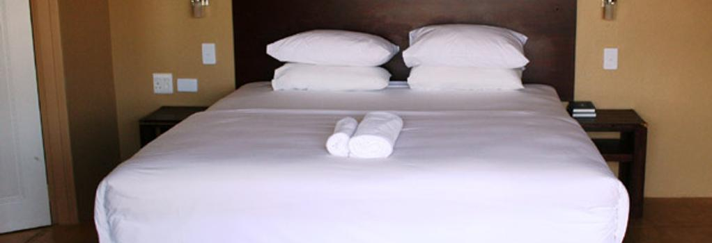 Fumanekile Lodge - 넬스프리트 - 침실