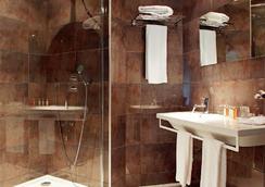 Citotel De la Cloche - Dole - 욕실