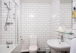 더 킹스 호텔 - 브라이턴 - 욕실