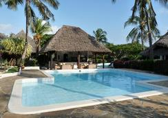 Dorado Cottage Atlantis Club - 말린디 - 수영장