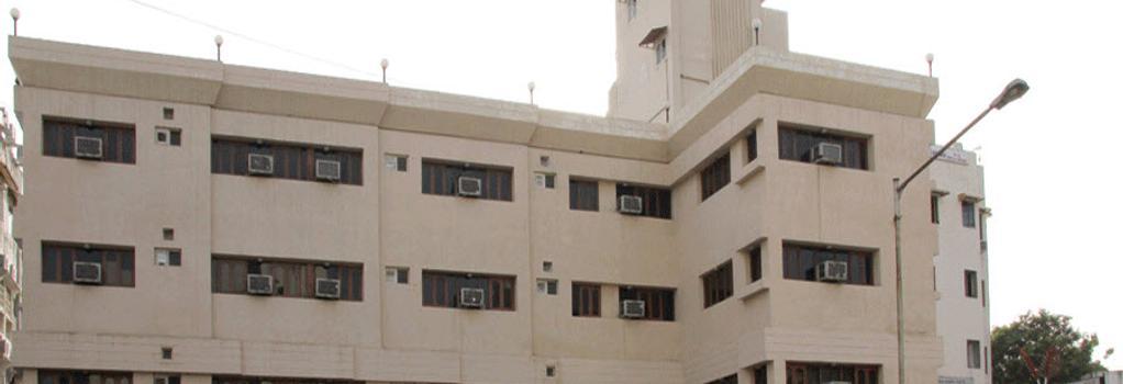 호텔 마루티 - 아마다바드 - 건물