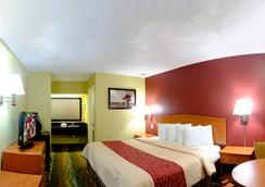 Red Roof Inn Chattanooga - Lookout Mountain - 채터누가 - 침실