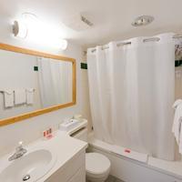 리비에라 시티 센터 인 프린스 조지 Bathroom