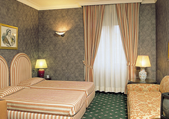 Grand Hotel Olympic - 로마 - 침실