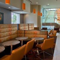스프링힐 스위트 바이 매리어트 덴버 다운타운 Restaurant