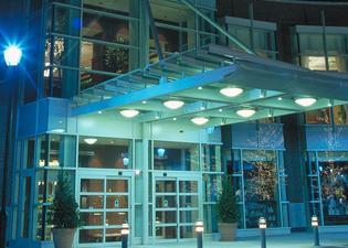 힐튼 인 앳 펜 호텔