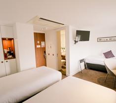 더 웨슬리 호텔